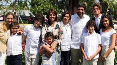 Esta pareja y sus 8 hijos han revolucionado con amor las vidas de las personas que habitan en la calle