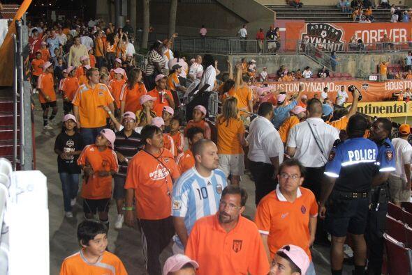 Si todavía no has asisitido a un partido de fútbol del Dynamo, ahora pue...