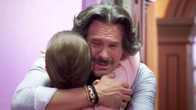 Pancho López encontró un poco de consuelo a su tristeza en brazos de Blanca