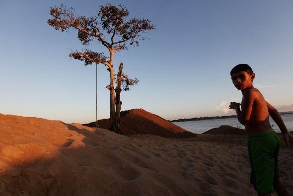 Belo Monte, cuyas obras también han sido paralizadas en otras ocasiones...