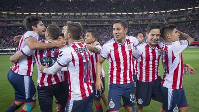 Los futbolistas que Chivas necesita para el Mundial de Clubes