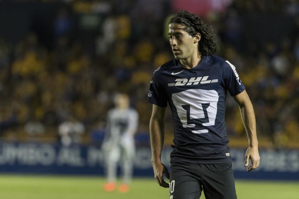 Suspenden a Mauricio Pinilla por insultar y golpear a árbitro 20170222_6...
