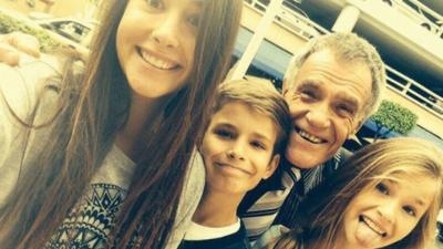 Alan Tacher recordó el cumpleaños de su padre con un emotivo mensaje (fotos)