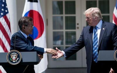 """Trump dice que la paciencia de EEUU con Corea del Norte """"se acabó"""""""