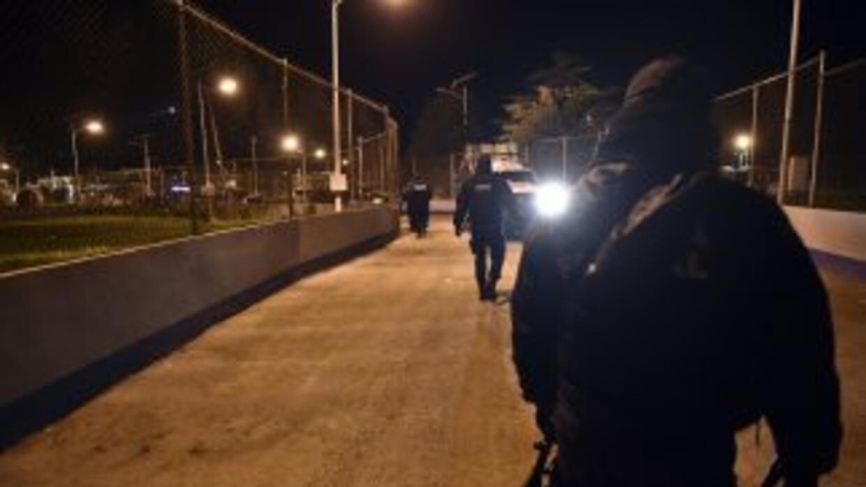Un policia federal a las puertas de la prisión