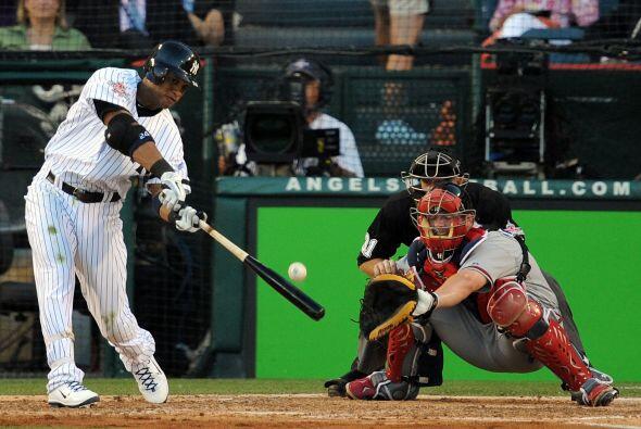 Robinson Canó de los Yankees abrió el marcador con elevado de Sacrificio...