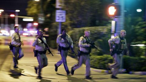 La zona de la masacre permanece cercada por la policía.