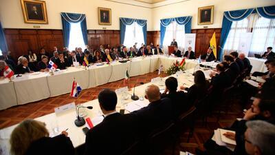 Delegados de 12 países buscan en Quito acuerdos para afrontar la crisis migratoria venezolana