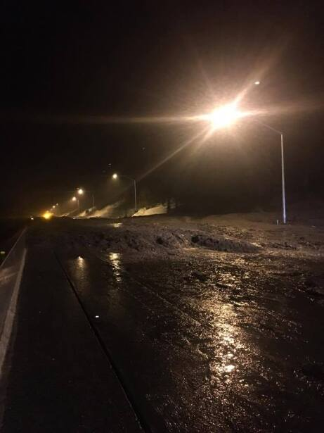 Deslave en la autopista interestatal I-80 en sentido oeste ocasion&oacut...