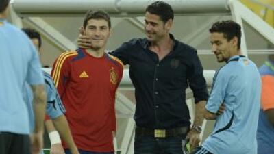 Hierro, ex futbolista español, acepta que no resultará tarea fácil el re...