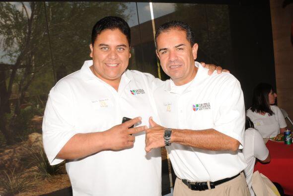 El Gatillero y Felipe Corral también celebraron la unión.