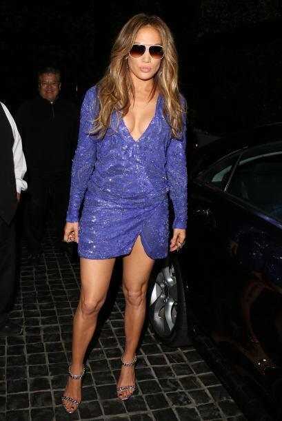 """Mientras ella pasaba una divertida """"noche de chicas"""". Mira aqu..."""