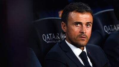 El técnico del Barcelona piensa que la actual plantilla del club es sufi...