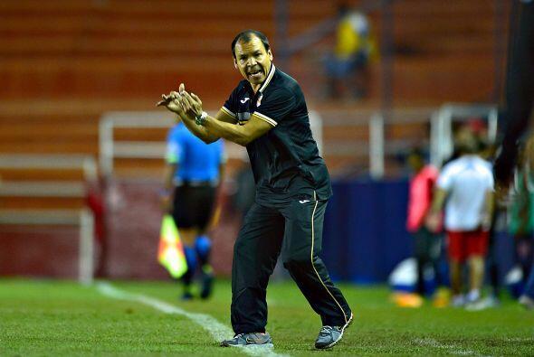 José Guadalupe Cruz entró al relevo del argentino, Morelia apostó por un...