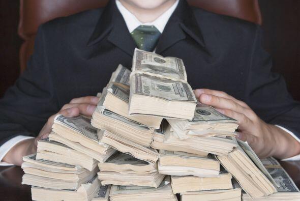 Cabe destacar que, mientras la persona con menor riqueza tiene 830 millo...