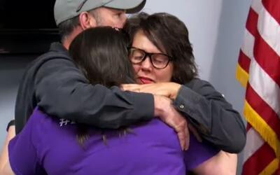 La familia de Christina Morris estuvo presente en la rueda de prensa en...