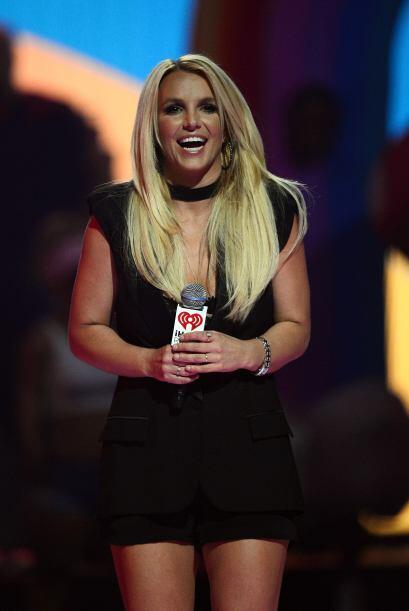 Britney Spears no logra recuperar sus curvas por completo. Más videos de...