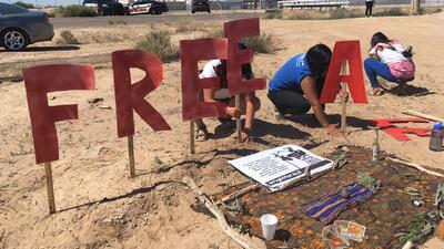 Con pancartas activistas y miembros de la comunidad pidieron la liberaci...