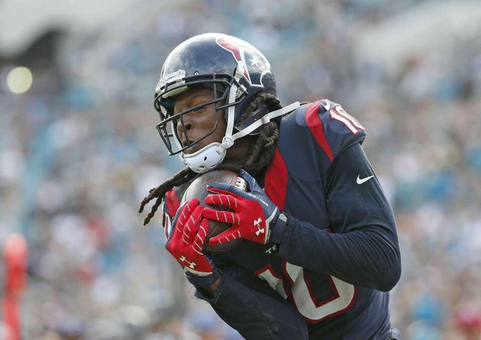 DeAndre Hopkins tuvo 10 recepciones para 148 yardas y 2 touchdowns en el...