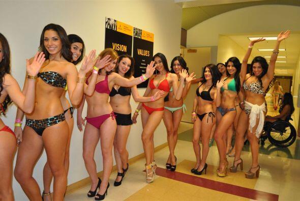 Aquí tenemos a las chicas más bellas de San José y...