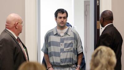 Foto de archivo. El expolicía de Carolina del Sur Michael Slager entra a...