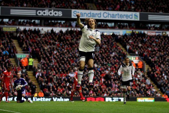 El croata Luka Modric redondeó un buen partido y marcó el segundo tanto...