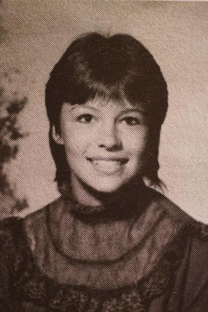 Increiblemente, esta niña es Pamela Anderson cuando tenía 16 años.