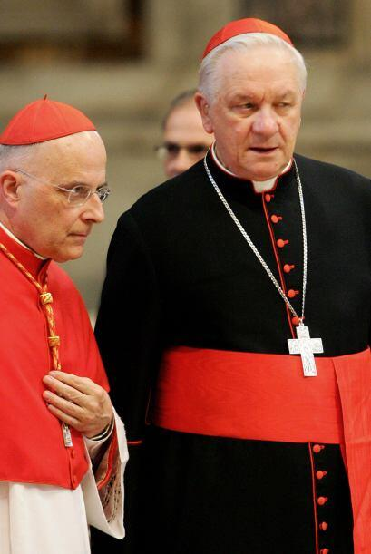 9 de julio. Eugenio de Araujo (derecha), 91 años de edad. Es arzobispo d...