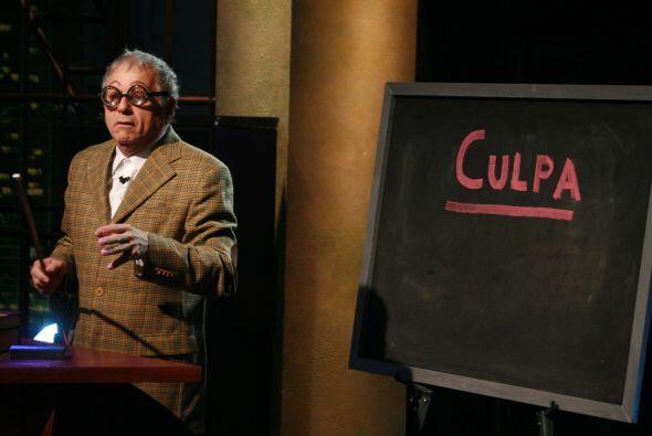 El profesor Severo Castellanos desde España explicó el significado de la...