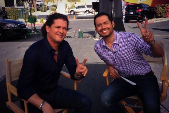 Luis Sandoval compartió una foto de la entrevista que le realizó a Carlo...