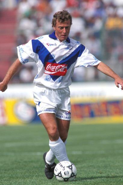 Emilio Burtragueño, ex jugador del Real Madrid, jugó para el Celaya, equ...