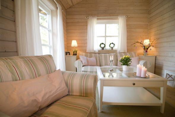 Pero no significa que todo deba ser totalmente simétrico: un sofá de dos...