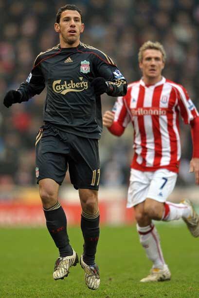 El argentino Javier Mascherano debutó con el Liverpool en la jornada 22...