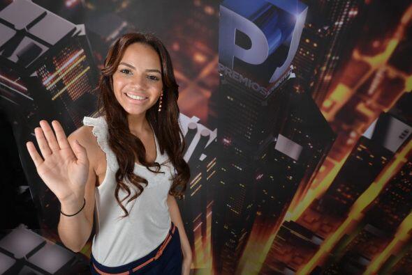 Es joven, bella, talentosa y de República Dominicana. ¿Será familiar de...