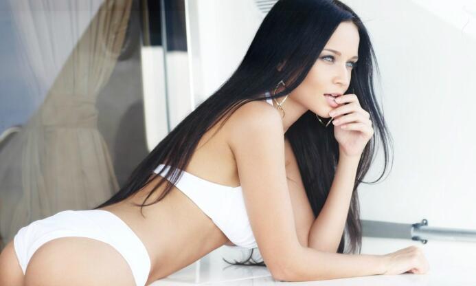 La espectacular modelo ucraniana no culta su fanatismo por el equipo esp...