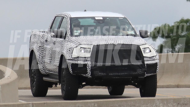 Prototipo 'mula' camuflado de la próxima Ford Ranger.