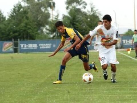 El lateral derecho Diego Reyes, fue de los jugadores que más opor...