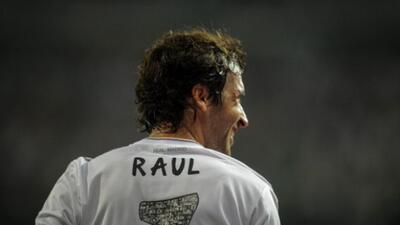 Raúl sería la más reciente estrella en unirse al Cosmos en ambos lados d...
