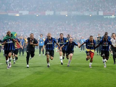 La cancha del estadio Santiago Bernabéu vibró con la estre...