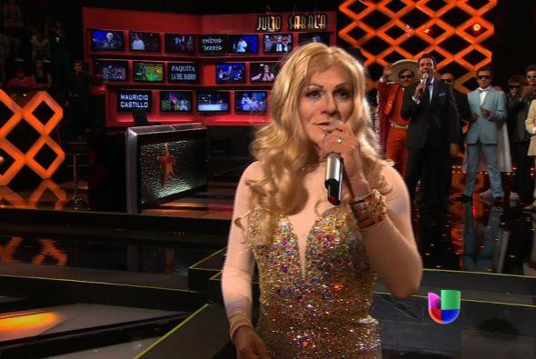 Celine Dion fue la segunda eliminada de la noche, al enfrentarse a Shakira.