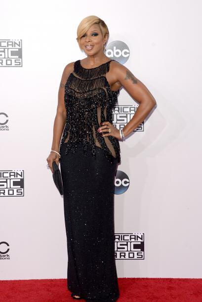 La gran Mary J. Blige, siempre elegante y bella, sin importar su edad.