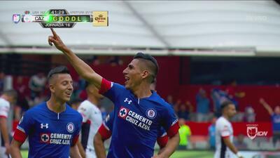 Golazo de Madueña, golazo de Cruz Azul