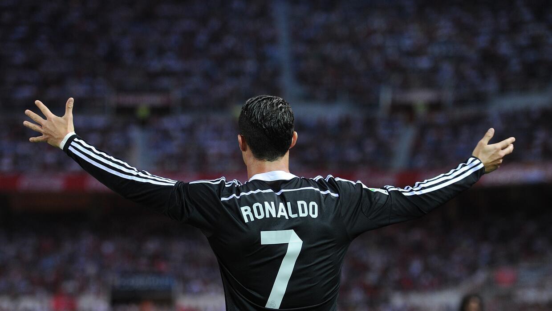 Cristiano Ronaldo dedicó playera del Madrid a Presidente de Nicaragua.