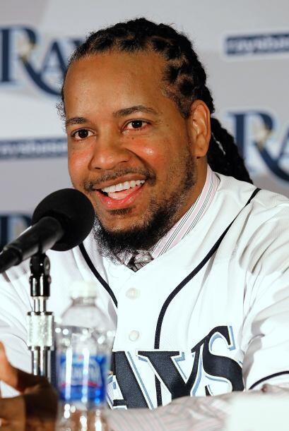 En enero de 2011, Manny firmó un contrató con los Rays por...
