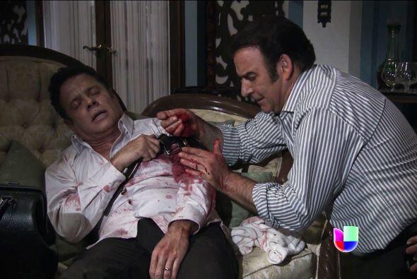 Severiano está herido y posiblemente pierda su brazo.