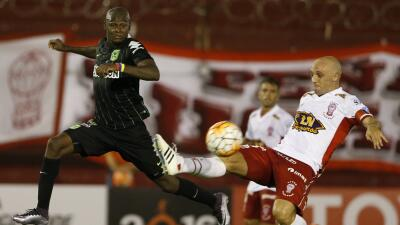 Huracán y Atlético Nacional no se hacen daño en su primer duelo de octavos de final