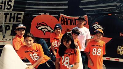"""Los Denver Broncos, anfitriones del """"Equipo Diablos"""" campeones de NFL Tochito en México"""