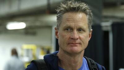Kerr confirmó que Curry no tiene daños estructurales en el tobillo