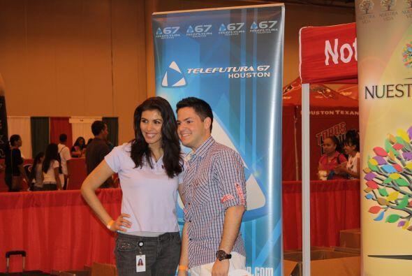 Entre los que asistieron estaban Arnaldo Rojas y Lizzet López de Primera...