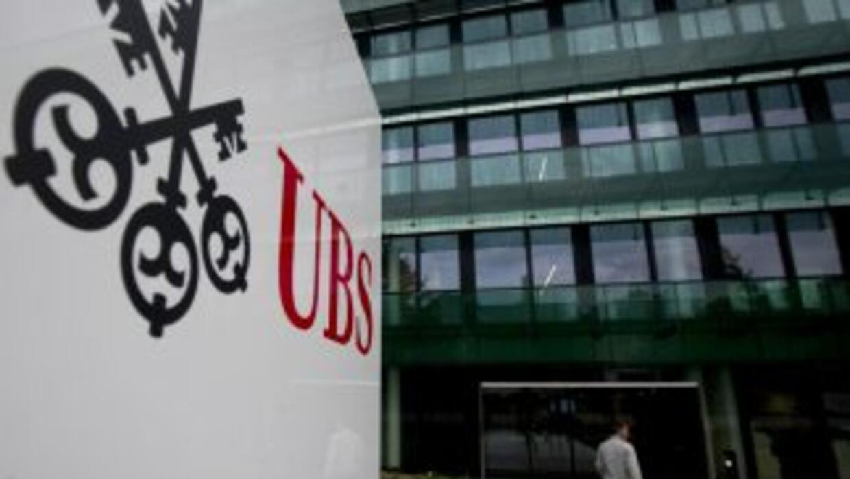 El banco dijo que se planea debilitar a las dos principales institucione...